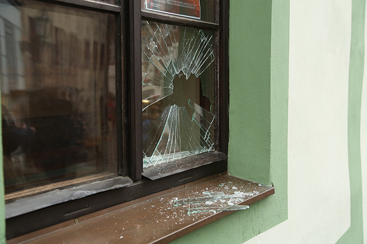 A2B Glass are able to board up broken windows while they are being repaired in Nunhead.